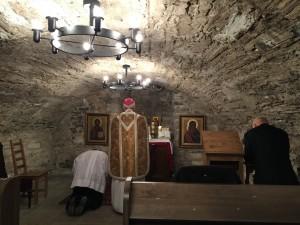 piiskop-athanasius-schneider-vhk-kabelis-missat-puhitsemas